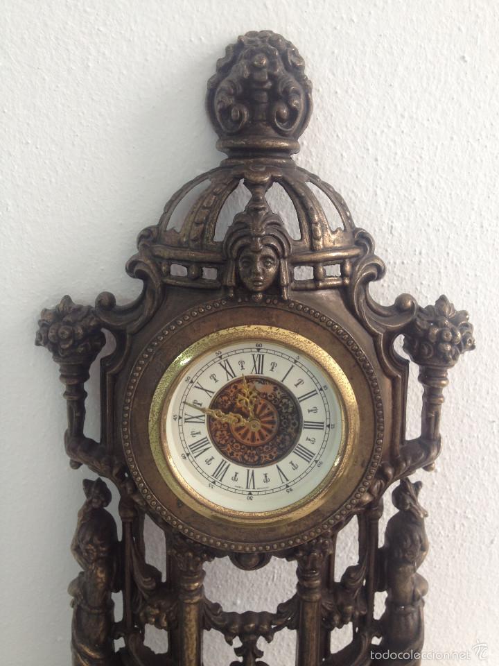 Relojes de carga manual: RELOJ Y DOS CANDELABROS - Foto 4 - 56871078