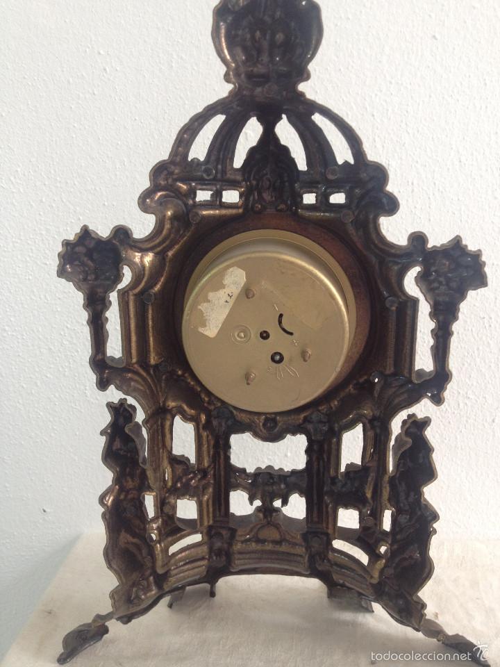 Relojes de carga manual: RELOJ Y DOS CANDELABROS - Foto 8 - 56871078