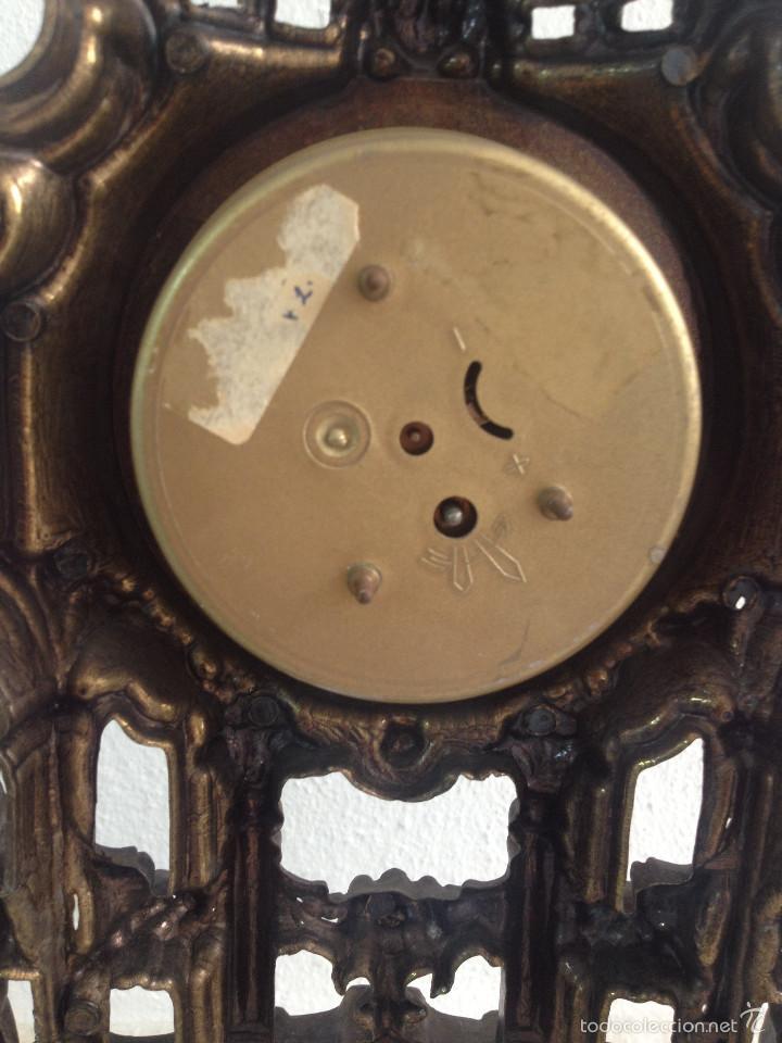 Relojes de carga manual: RELOJ Y DOS CANDELABROS - Foto 9 - 56871078