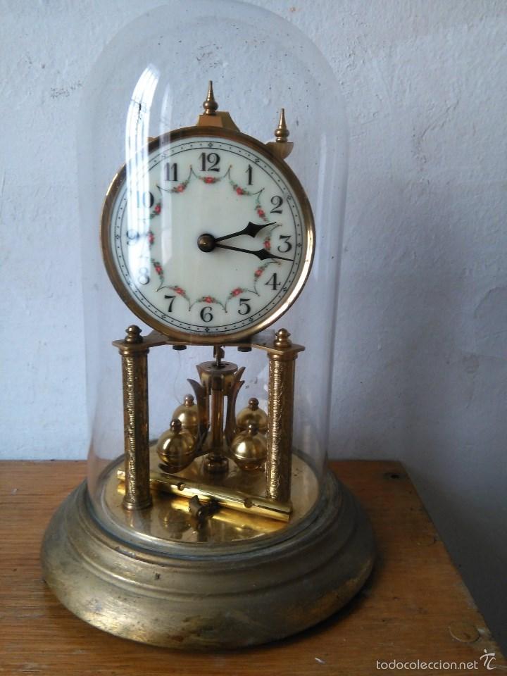 Reloj campana cristal comprar relojes antiguos de - Relojes de sobremesa antiguos ...