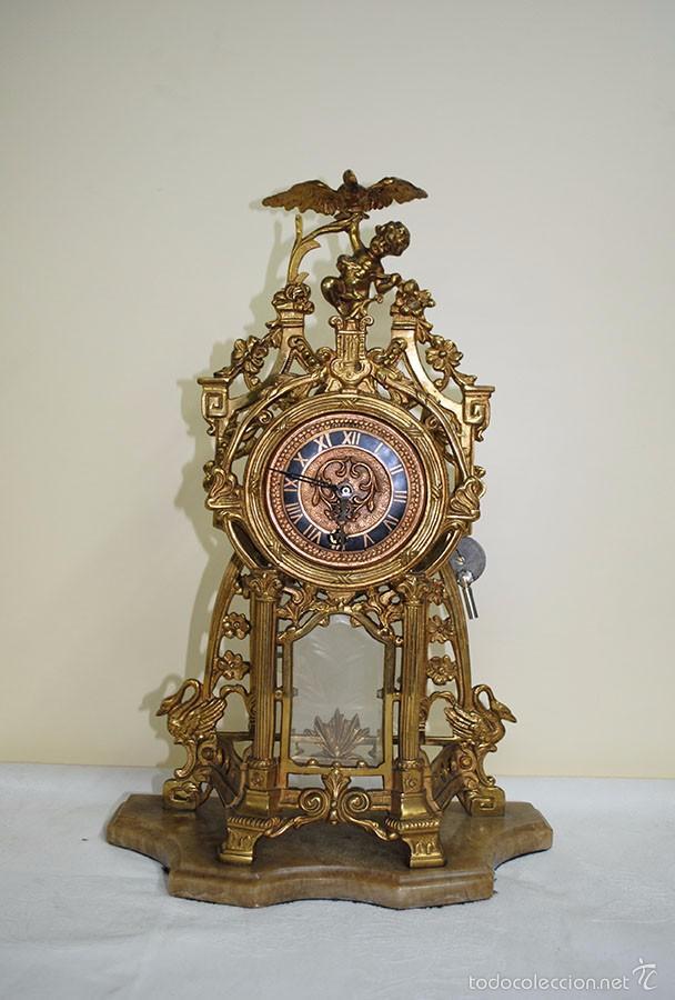 Relojes de carga manual: RELOJ ANTIGUO DE BRONCE Y CANDELABROS - Foto 6 - 57115434