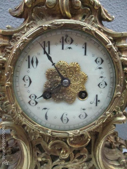 Relojes de carga manual: Antiguo Reloj - con Guarnición - Candelabros a Juego - Bronce - Completo - Finales S. XIX - Foto 6 - 58061208