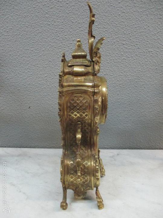 Relojes de carga manual: Antiguo Reloj - con Guarnición - Candelabros a Juego - Bronce - Completo - Finales S. XIX - Foto 10 - 58061208