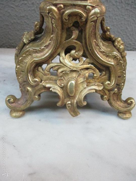 Relojes de carga manual: Antiguo Reloj - con Guarnición - Candelabros a Juego - Bronce - Completo - Finales S. XIX - Foto 26 - 58061208
