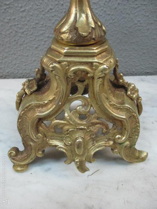 Relojes de carga manual: Antiguo Reloj - con Guarnición - Candelabros a Juego - Bronce - Completo - Finales S. XIX - Foto 33 - 58061208