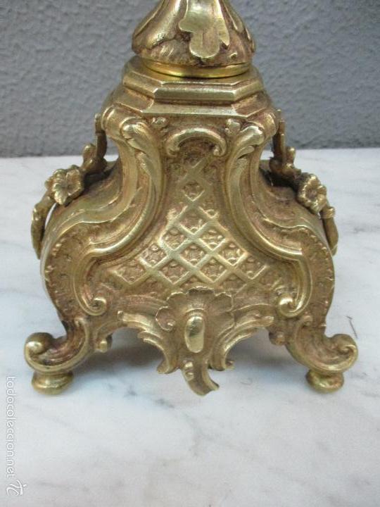 Relojes de carga manual: Antiguo Reloj - con Guarnición - Candelabros a Juego - Bronce - Completo - Finales S. XIX - Foto 41 - 58061208