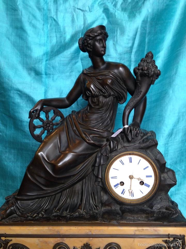Relojes de carga manual: Reloj de bronce sigo XIX, sobremesa de la época imperio - Foto 2 - 60576814