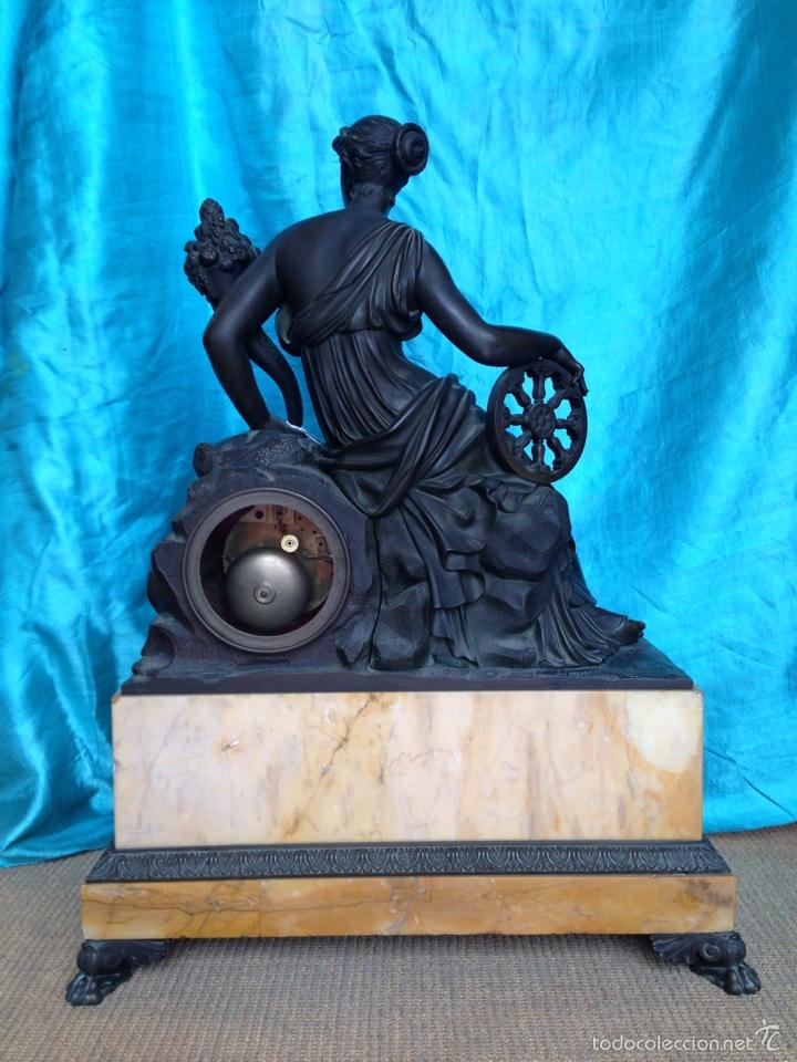 Relojes de carga manual: Reloj de bronce sigo XIX, sobremesa de la época imperio - Foto 7 - 60576814