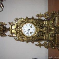 Relojes de carga manual: RELOJ EN BRONCE DORADO ESTILO CATEDRAL. Lote 61267471