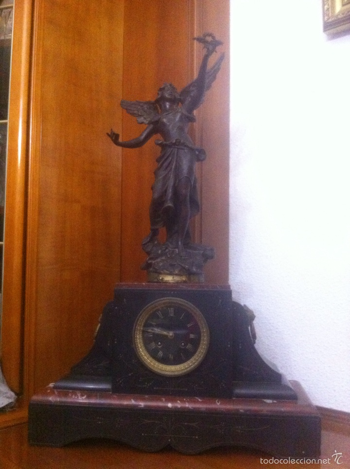 Relojes de carga manual: Antiguo reloj con escultura de calamina de Geo Maxim - Foto 2 - 61933580
