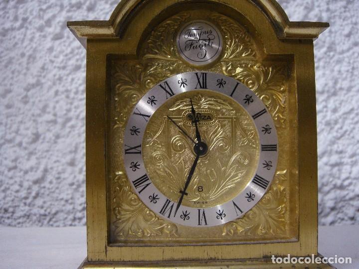 Relojes de carga manual: Reloj Despertador de Sobremesa. Dorado. Tempus Fugit. - Foto 3 - 64314047