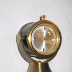 Relojes de carga manual: ANTIGUO RELOJ DE SOBREMESA CON FORMA DE FOCO - JSBEN - SWISS MADE. Lote 65036467