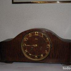 Relojes de carga manual: RELOJ DE MADERA.. Lote 65655674