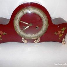 Relojes de carga manual: ANTIGUO RELOJ DE CHIMENEA ESTILO FRANCES EN LACA. CON SONERIA A LAS HORAS Y MEDIAS. Lote 69635749