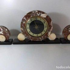 Relojes de carga manual: RELOJ EN MARMOL TRES TONALIDADES SOBRE BASE . Lote 69637881