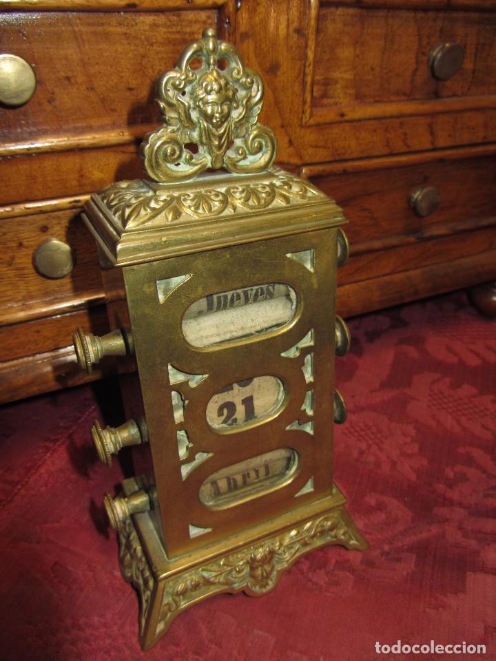 Relojes de carga manual: Antiguo Calendario Perpetuo de Sobremesa para Despacho - Foto 4 - 72042123