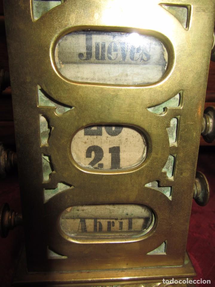 Relojes de carga manual: Antiguo Calendario Perpetuo de Sobremesa para Despacho - Foto 5 - 72042123
