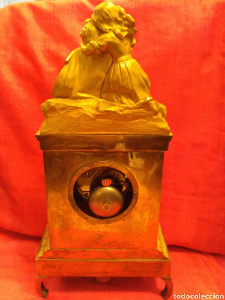 Relojes de carga manual: Reloj de sobremesa dorado del siglo XIX - Foto 8 - 72192047