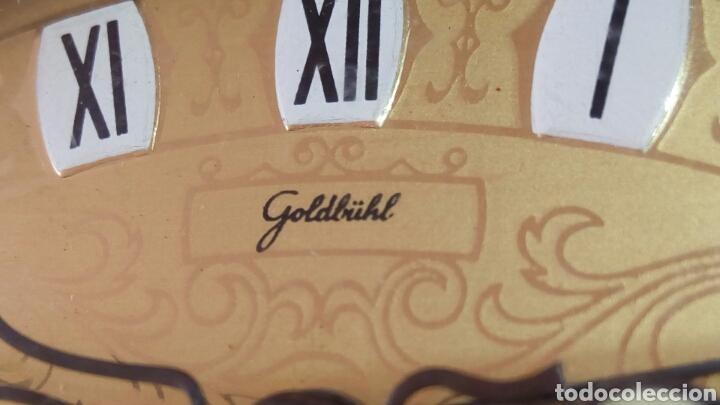 Relojes de carga manual: Antiguo reloj despertador dorado de sobremesa con alarma alemán marca Goldbuhl. Sobre 1950. Funciona - Foto 2 - 75123431