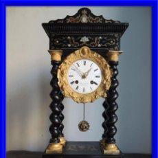 Relojes de carga manual: RELOJ PORTICO CON MARQUETERIA NACAR Y CAREY. Lote 82784995