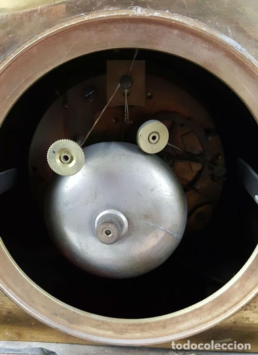 Relojes de carga manual: RELOJ DE SOBREMESA EN BRONCE DORADO. ESTILO IMPERIO. EL RELOJ FUNCIONA. SIGLO XIX. - Foto 27 - 77693493