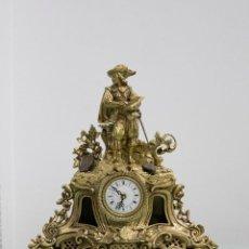 Relojes de carga manual: RELOJ DE BRONCE FIGURA ESCRITOR. ESTILO LUIS XV.. Lote 78530949