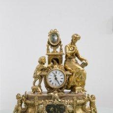 Relojes de carga manual: RELOJ DE CALAMINA ESCENA NIÑO Y SEÑORA. ESTILO LUIS XV.. Lote 78537405