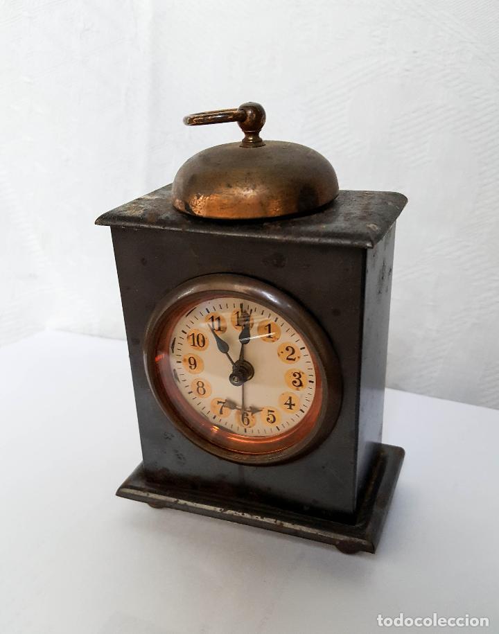 RELOJ DESPERTADOR DE SOBREMESA (Relojes - Sobremesa Carga Manual)