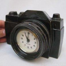 Relojes de carga manual: MUY RARO RELOJ MERCEDES CAMARA DE FOTOS CERAMICA ALEMAN VINTAGE FLYING SAUCER. Lote 81873484
