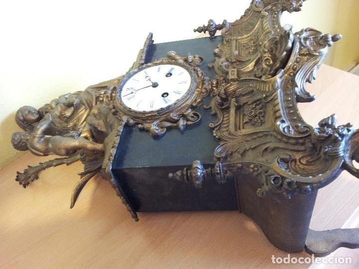 Relojes de carga manual: Reloj frances sobremesa en bronce patinado y marmol ..siglo XIX..CIUDAD DE NEVERS FRANCIA - Foto 10 - 82083716
