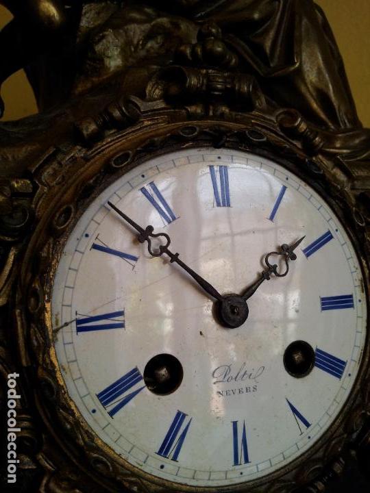 Relojes de carga manual: Reloj frances sobremesa en bronce patinado y marmol ..siglo XIX..CIUDAD DE NEVERS FRANCIA - Foto 29 - 82083716