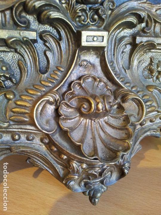 Relojes de carga manual: Reloj frances sobremesa en bronce patinado y marmol ..siglo XIX..CIUDAD DE NEVERS FRANCIA - Foto 32 - 82083716
