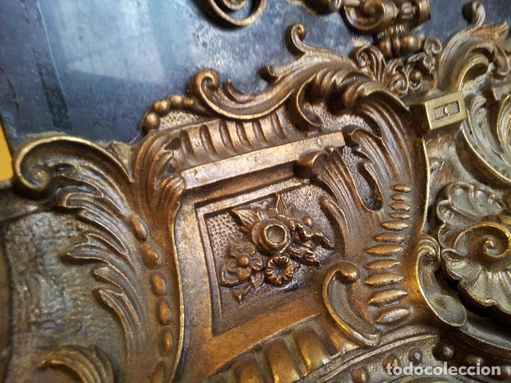 Relojes de carga manual: Reloj frances sobremesa en bronce patinado y marmol ..siglo XIX..CIUDAD DE NEVERS FRANCIA - Foto 34 - 82083716
