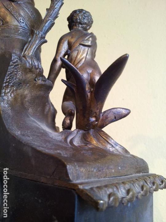 Relojes de carga manual: Reloj frances sobremesa en bronce patinado y marmol ..siglo XIX..CIUDAD DE NEVERS FRANCIA - Foto 51 - 82083716