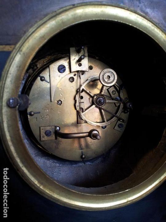 Relojes de carga manual: Reloj frances sobremesa en bronce patinado y marmol ..siglo XIX..CIUDAD DE NEVERS FRANCIA - Foto 73 - 82083716