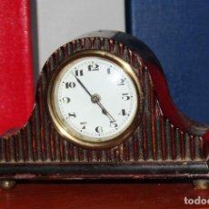 Relojes de carga manual: PEQUEÑO RELOJ DE SOBREMESA ANTIGUO *. Lote 82158416