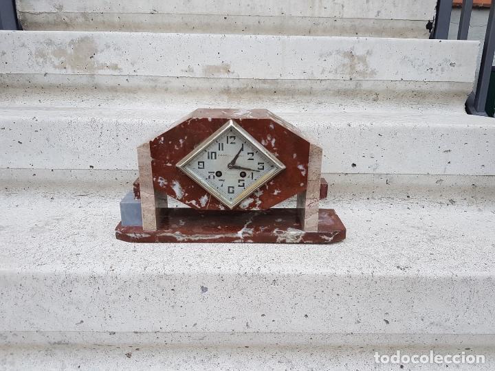 Relojes de carga manual: RELOJ DE CHIMENEA O SOBREMESA ART DECO ANTIGUO EN MARMOL ROJO,AÑOS 20 - Foto 3 - 82258732