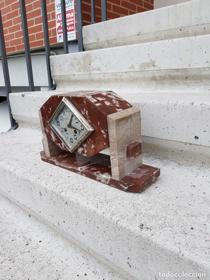 Relojes de carga manual: RELOJ DE CHIMENEA O SOBREMESA ART DECO ANTIGUO EN MARMOL ROJO,AÑOS 20 - Foto 6 - 82258732