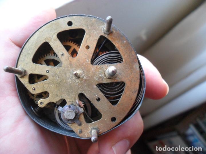 Relojes de carga manual: reloj sobre mesa años 50 publicidad cerveza del cuello dorado,mide 8 cm alto - Foto 5 - 83586528