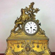 Relojes de carga manual: RELOJ DE REPISA. BRONCE DORADO. ESTILO NAPOLEÓN III. FRANCIA(?). CIRCA 1850. Lote 84719384