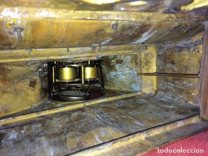 Relojes de carga manual: RELOJ DE REPISA. BRONCE DORADO. ESTILO NAPOLEÓN III. FRANCIA(?). CIRCA 1850 - Foto 13 - 84719384