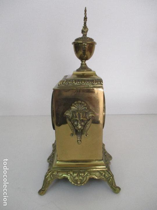 Relojes de carga manual: Antiguo Reloj de Sobremesa - con Guarnición Candelabros - Bronce - Napoleón III - Completo -Funciona - Foto 12 - 87195416