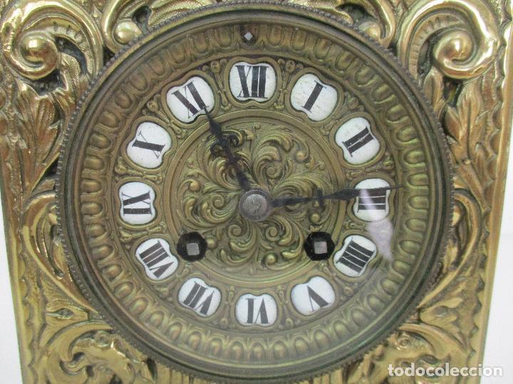 Relojes de carga manual: Antiguo Reloj de Sobremesa - con Guarnición Candelabros - Bronce - Napoleón III - Completo -Funciona - Foto 17 - 87195416