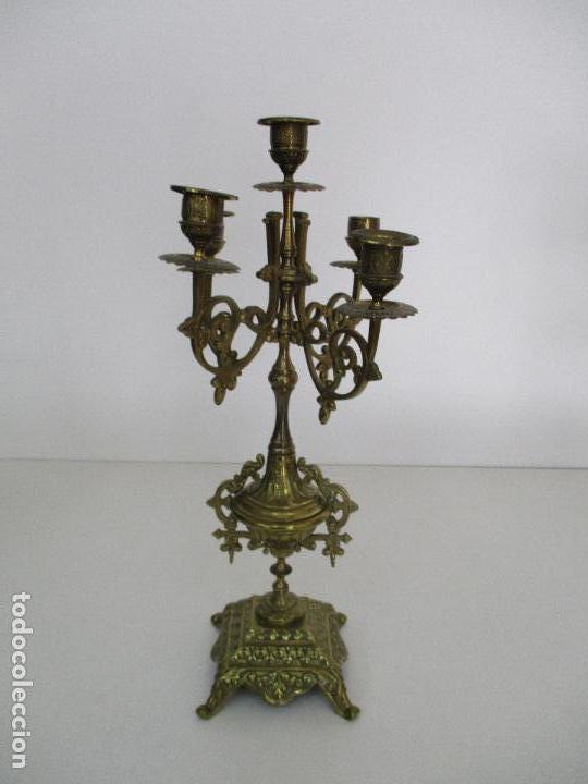 Relojes de carga manual: Antiguo Reloj de Sobremesa - con Guarnición Candelabros - Bronce - Napoleón III - Completo -Funciona - Foto 19 - 87195416