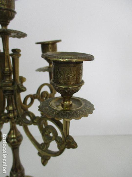 Relojes de carga manual: Antiguo Reloj de Sobremesa - con Guarnición Candelabros - Bronce - Napoleón III - Completo -Funciona - Foto 22 - 87195416