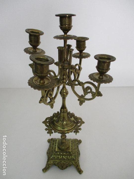 Relojes de carga manual: Antiguo Reloj de Sobremesa - con Guarnición Candelabros - Bronce - Napoleón III - Completo -Funciona - Foto 27 - 87195416