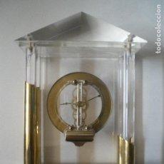 Relojes de carga manual: RELOJ METACRILATO DORADO. Lote 89270396