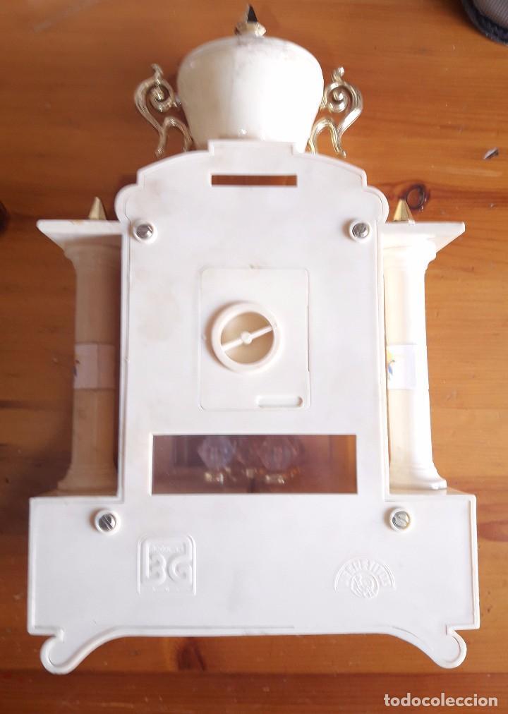 Relojes de carga manual: Reloj Victoria Secretitos BG. Musical a Cuerda. FUNCIONA. AÑOS 80 - Foto 4 - 89968812
