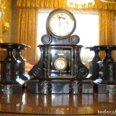 Relojes de carga manual: RELOJ DE CHIMENEA CON GUARNICIÓN. Lote 93039230