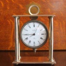 Relojes de carga manual: RELOJ SUIZO SWIZA SOBREMESA Y DE VIAJE DE BRONCE CALIBRE 8 ALARMA NUMEROS ROMANOS Y ARABIGOS. Lote 94240565